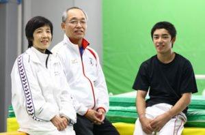 白井健三の両親